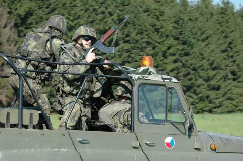 Czech-Republic-Military-33160-94140.jpg
