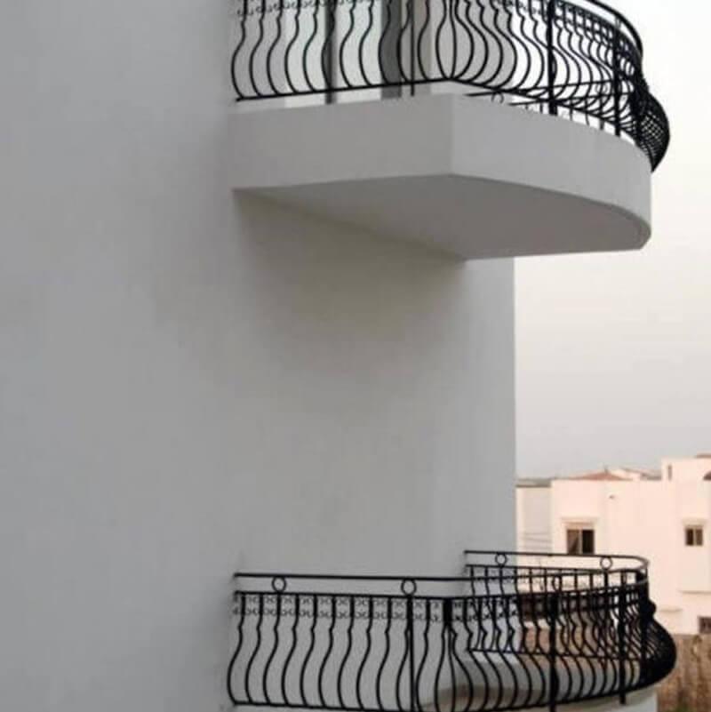 balcony-e1531663445130