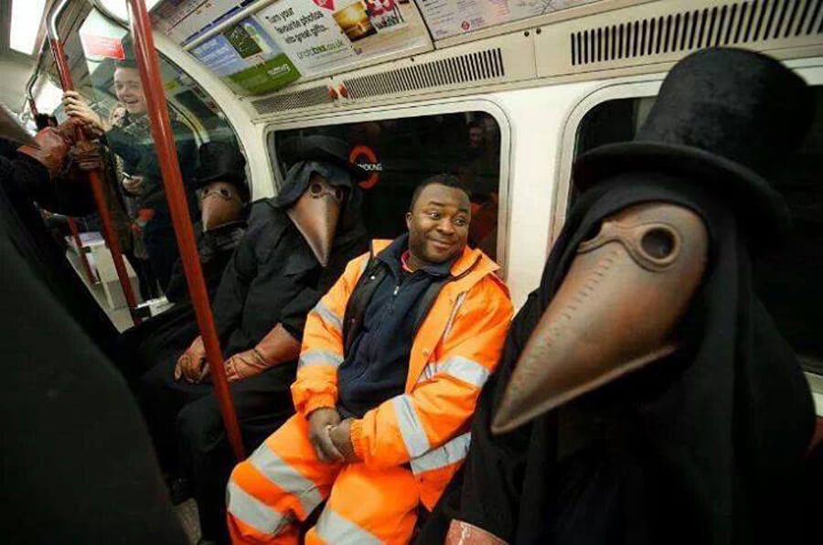 plague-doctors-breathing-on-the-subway