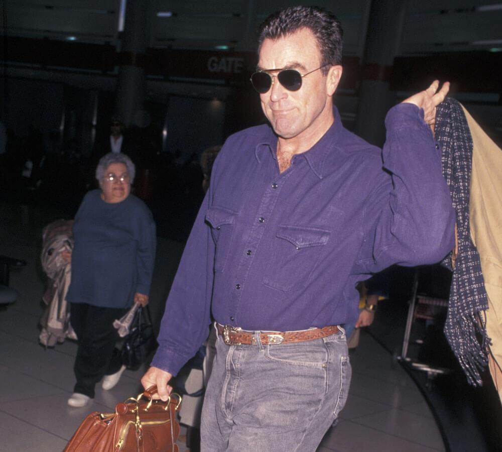 Tom Selleck Sighting - November 25, 1996