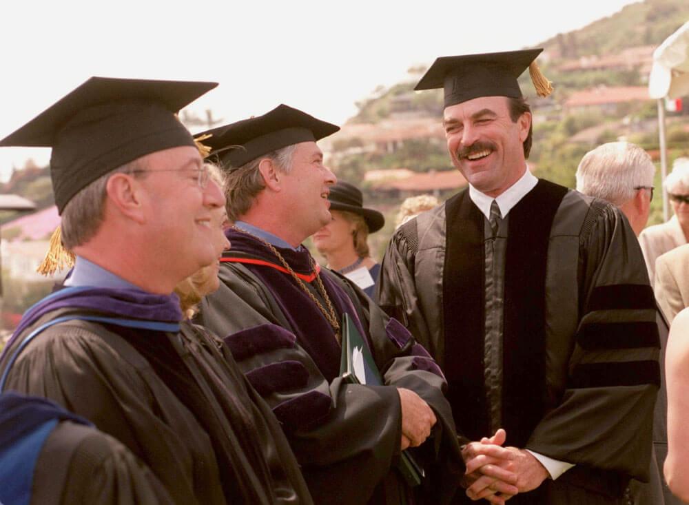 TOM SELLECK RECIEVES DOCTORATE OF LAW