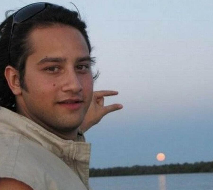 looking-moon-12187-83424.jpg
