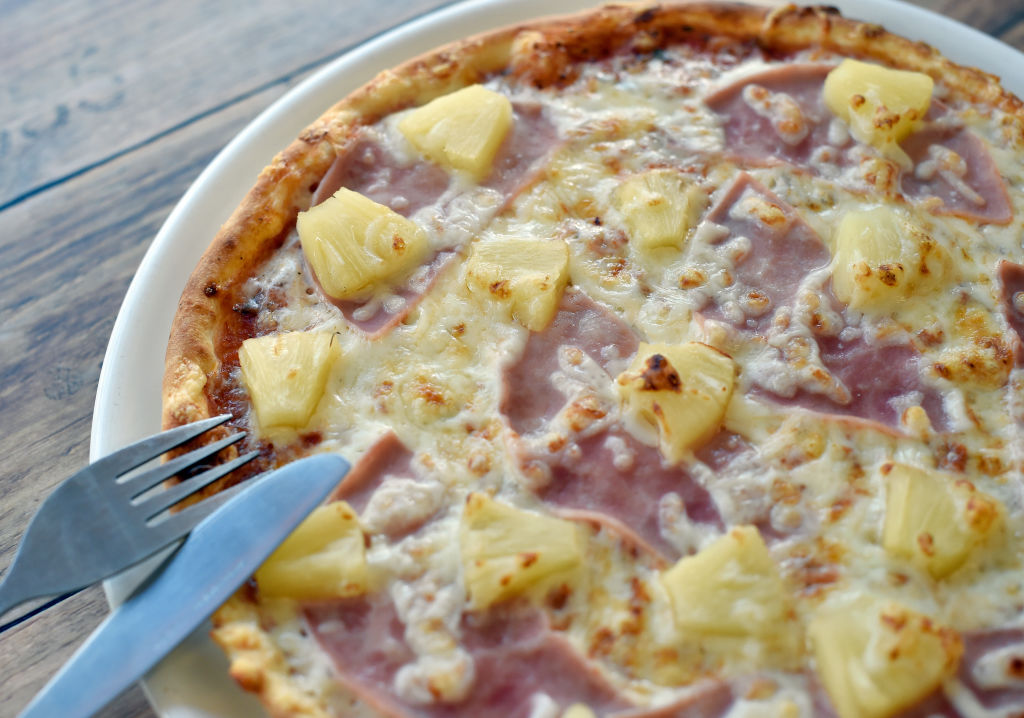 hawaiian pizza is really from canada