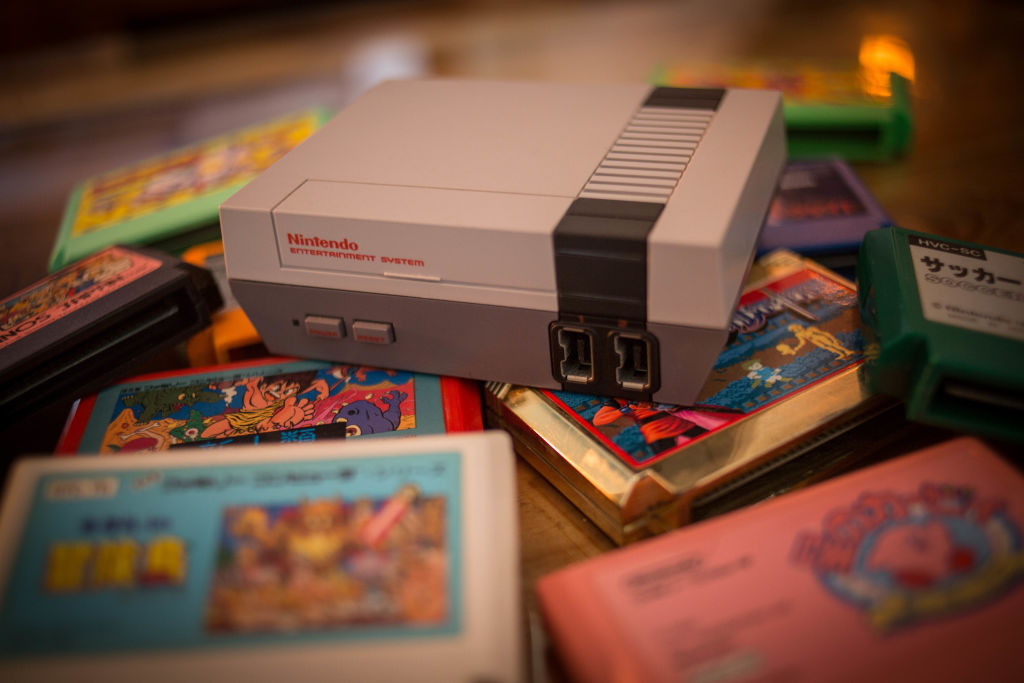 nintendo entertainment system with cartridges