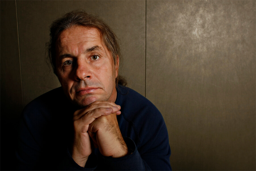 bret-hart-gives-small-business-loans-these-days-43412-32715.jpg