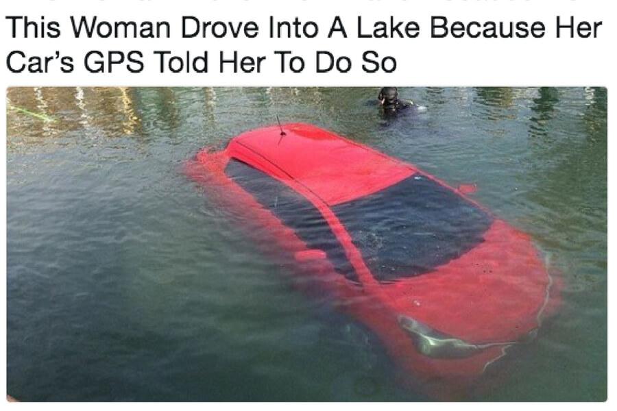 drove-into-lake-44826-85161.jpg
