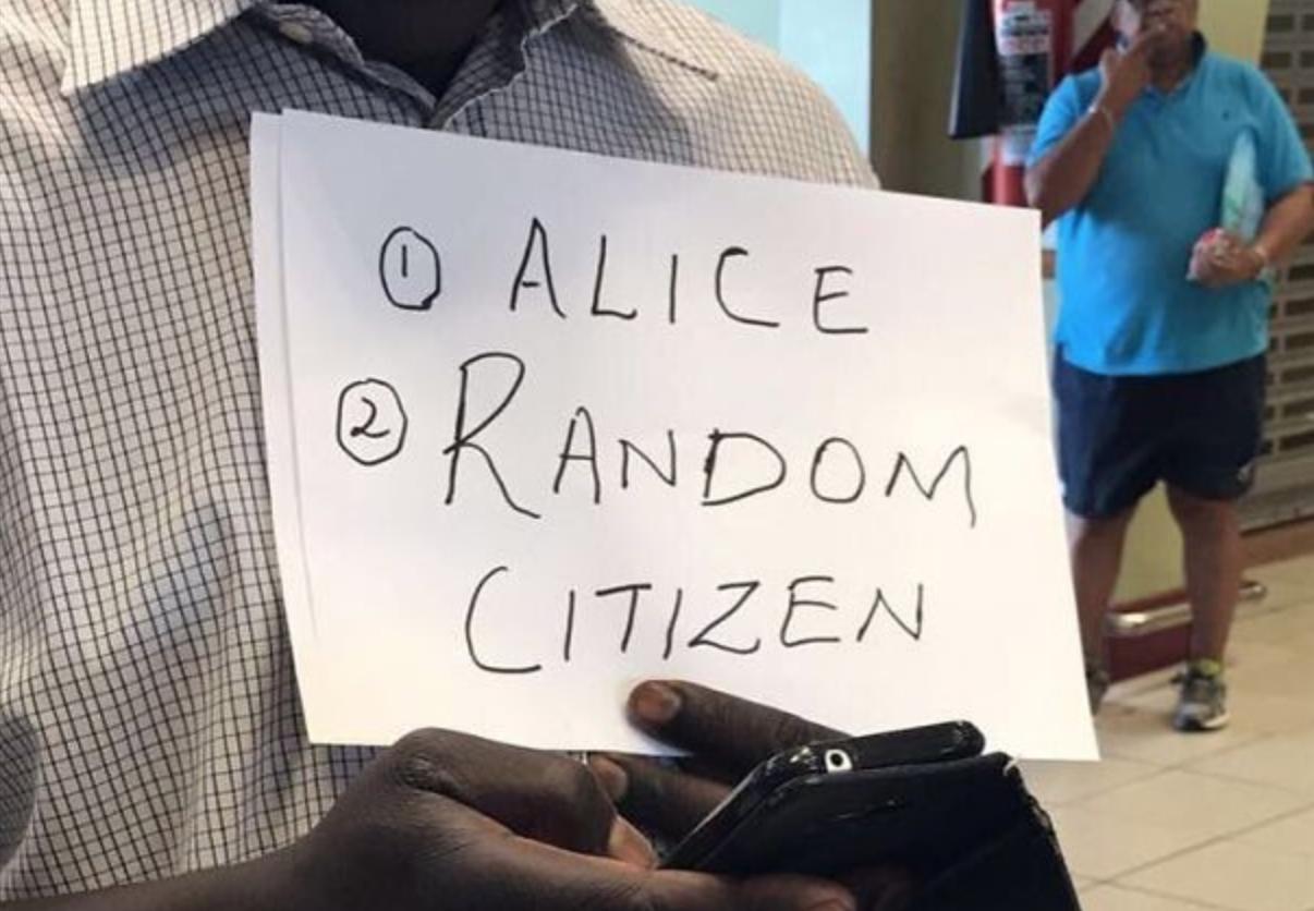 Random Citizen at the airpor