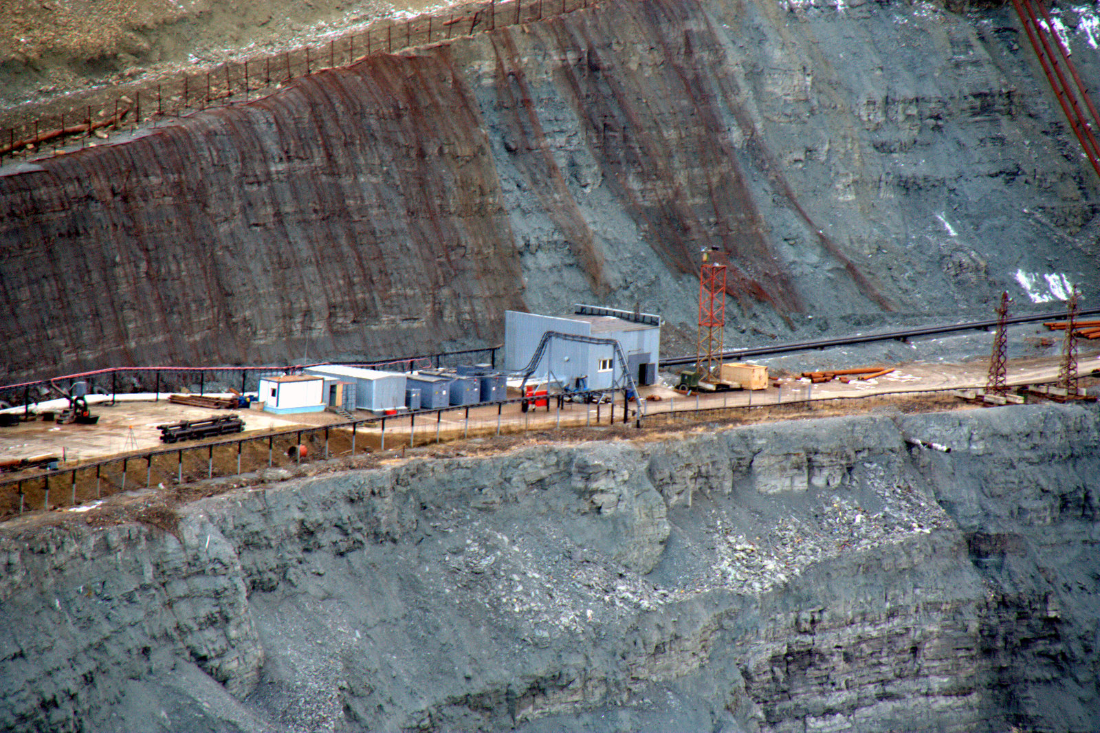 Transport_station_in_the_mine