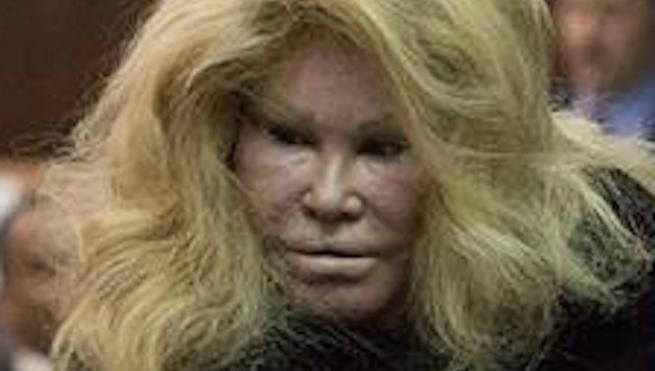 jocelyn-wildenstein-as-a-cat-37445.jpg