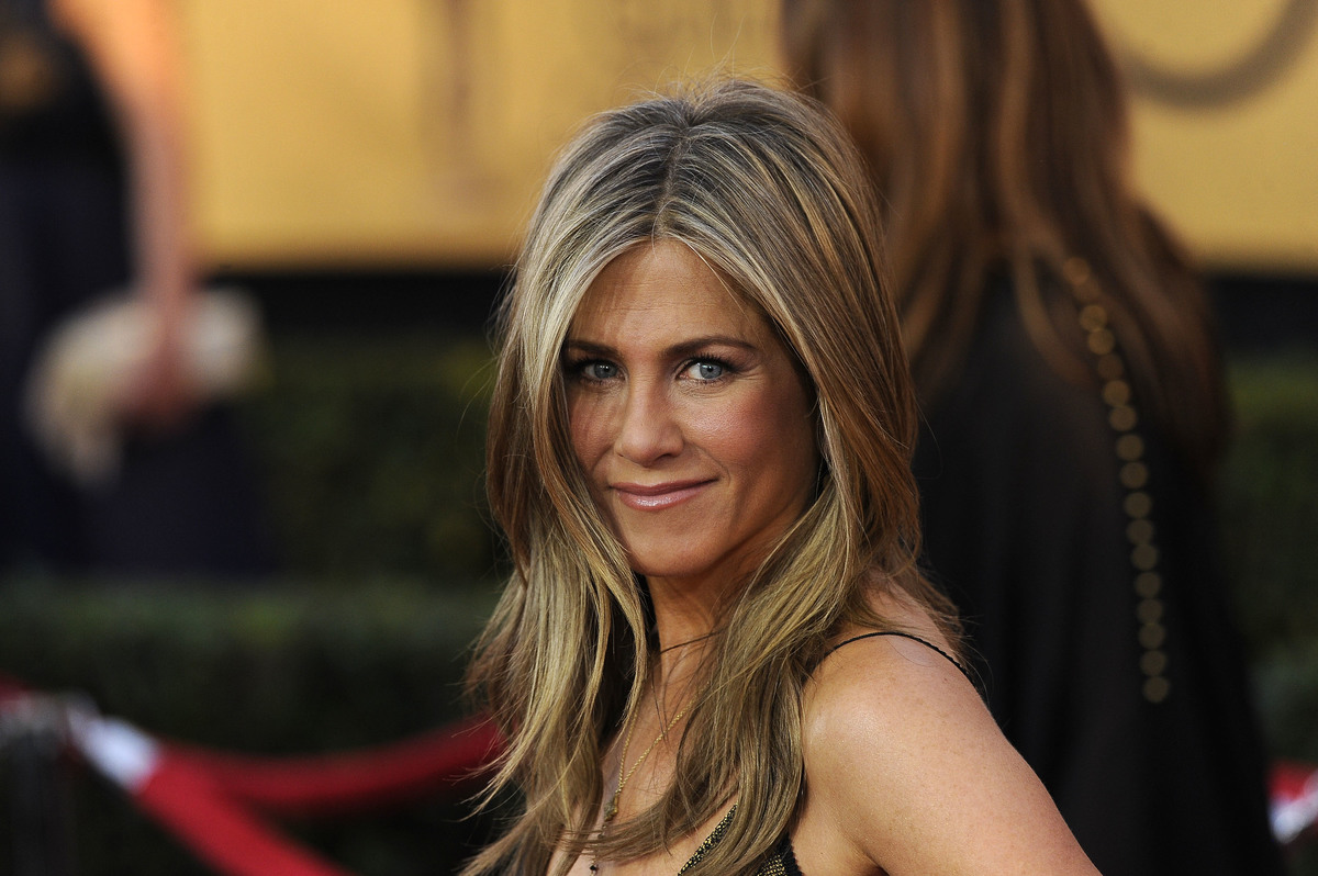 Jen Aniston's lips are naturally thin