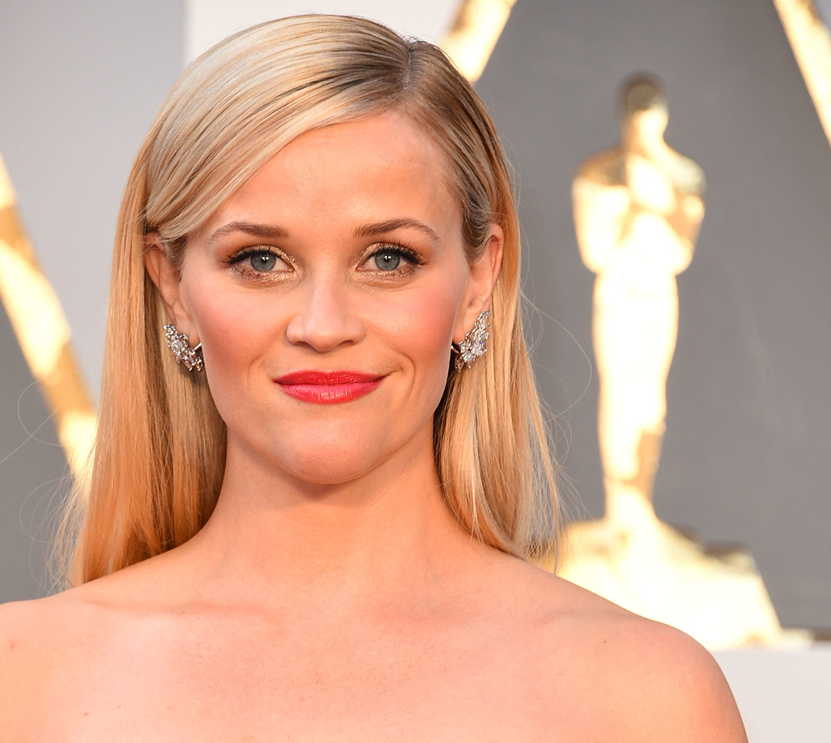 Reese Witherspoon is an example of a heart-shaped face