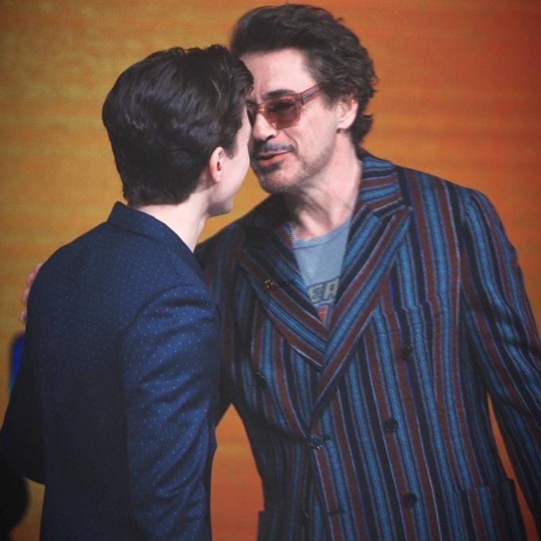 tom holland bts with rdj