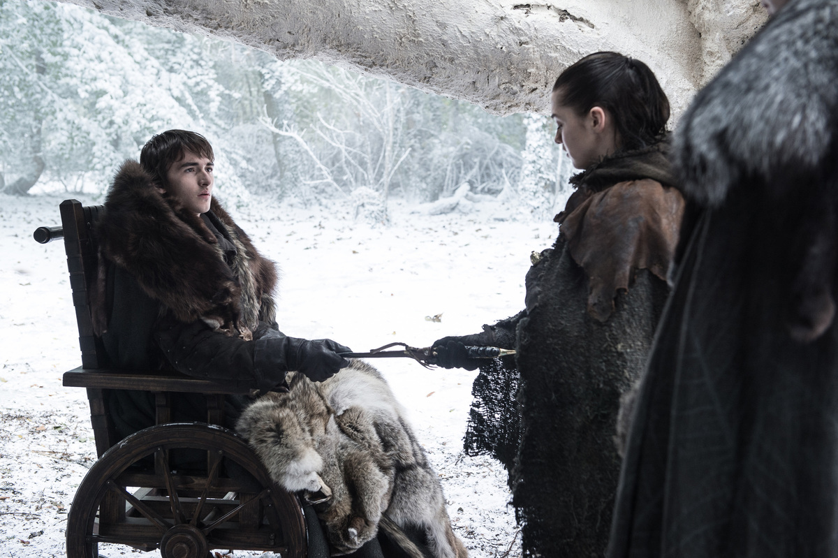 bran hands arya the dagger