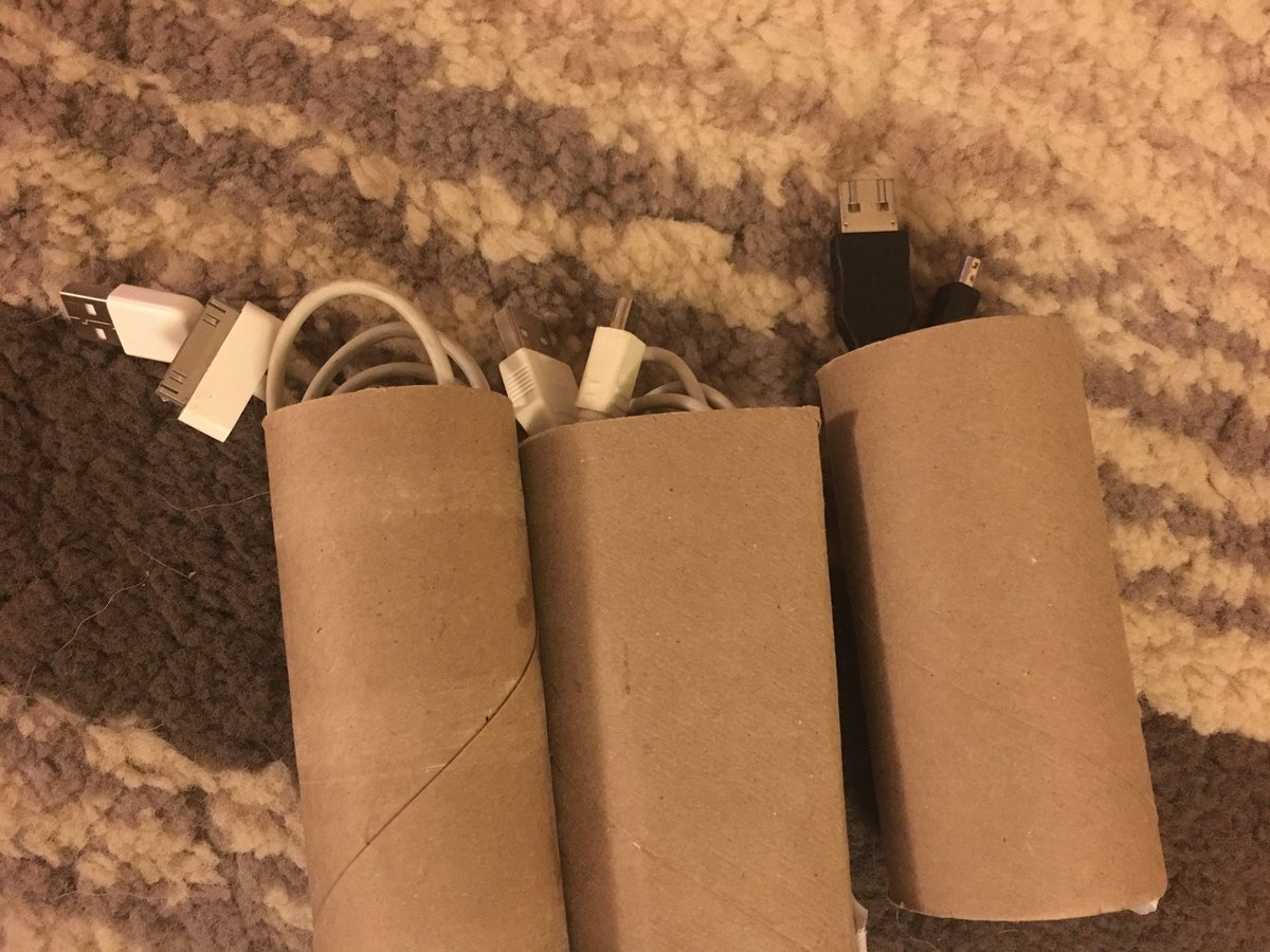 use paper tubes to store cables