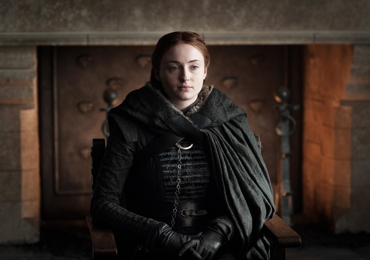 sansa sark waiting and watching from winterfell game of thrones