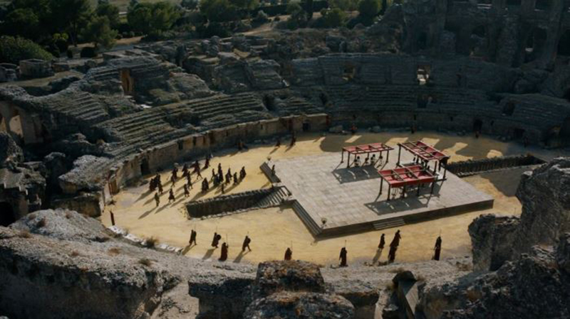 whos-in-the-dragon-pit