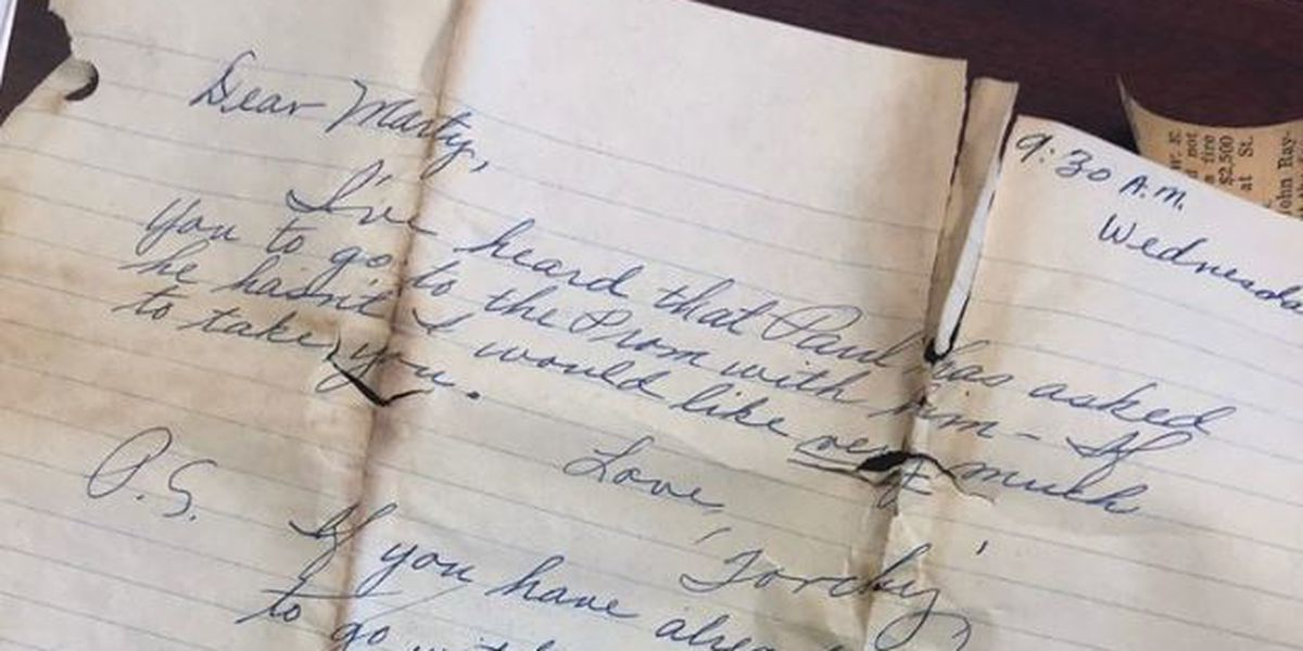 hand written letter found inside the purse