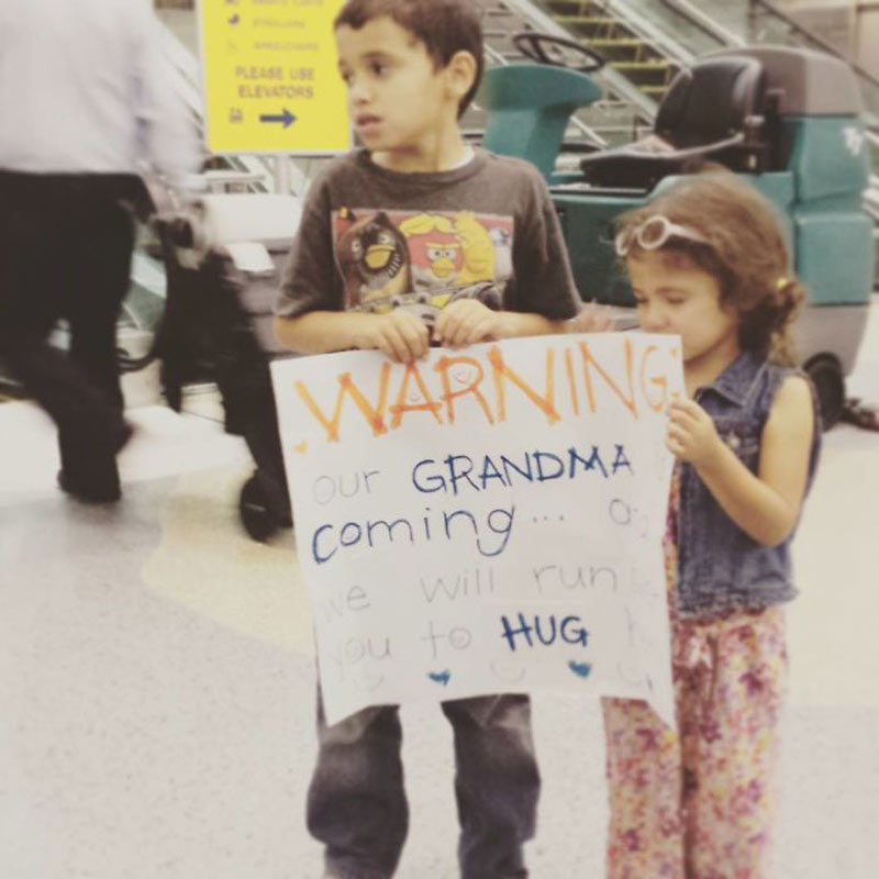 funny-airport-signs-grandma-92348
