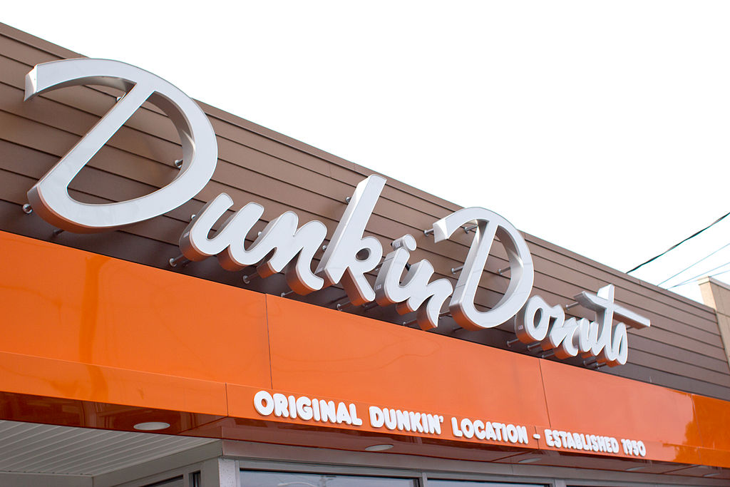 1024px-Dunkin_Donuts_Original_Location