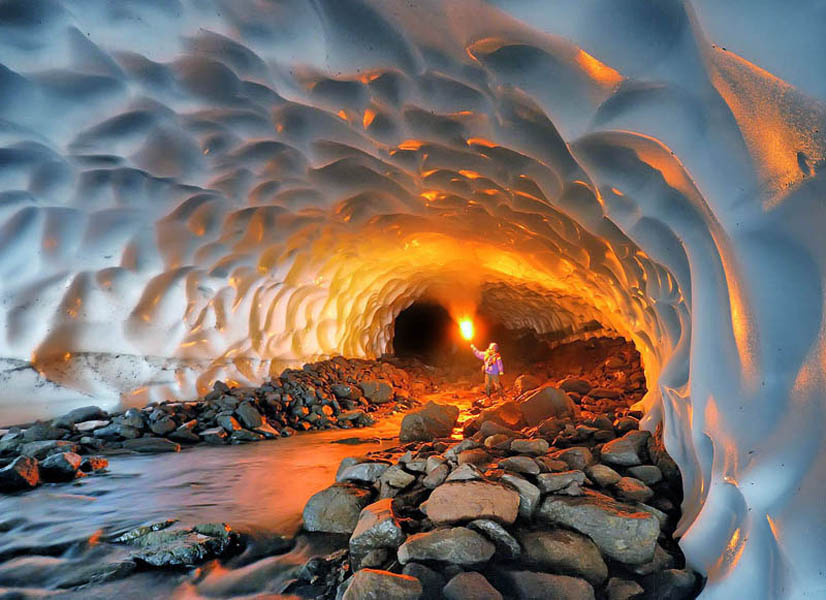 snow-tunnel-near-mutnovsky-kamchatka-russia