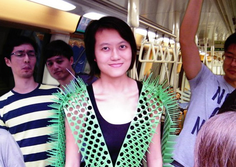 spike away vest created by singaporean grad student