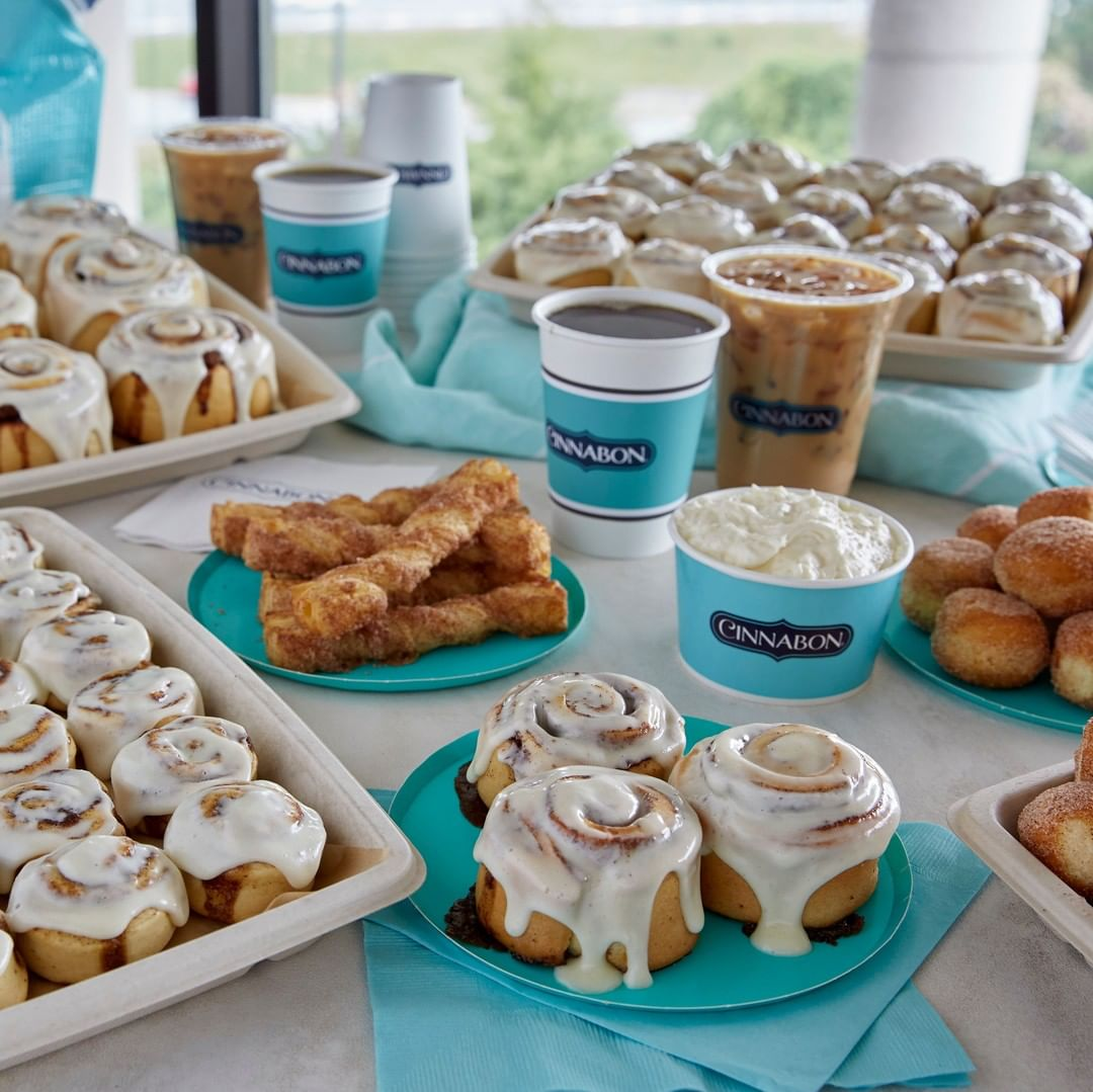 a clear view of cinnabon