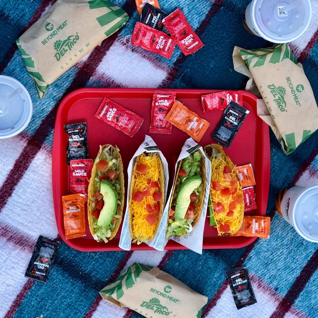 dishes from del taco