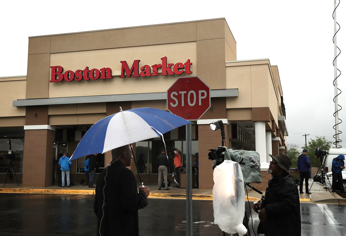 Boston Market is seen May 6, 2016 at Northgate Plaza in Aspen Hill, Maryland.