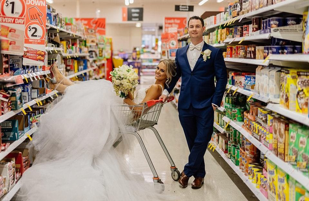 Wedding photos in cereal aisle