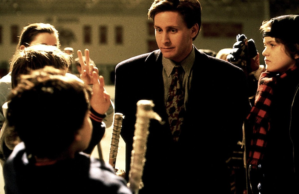 emilio estevez starred in the mighty ducks in 1991