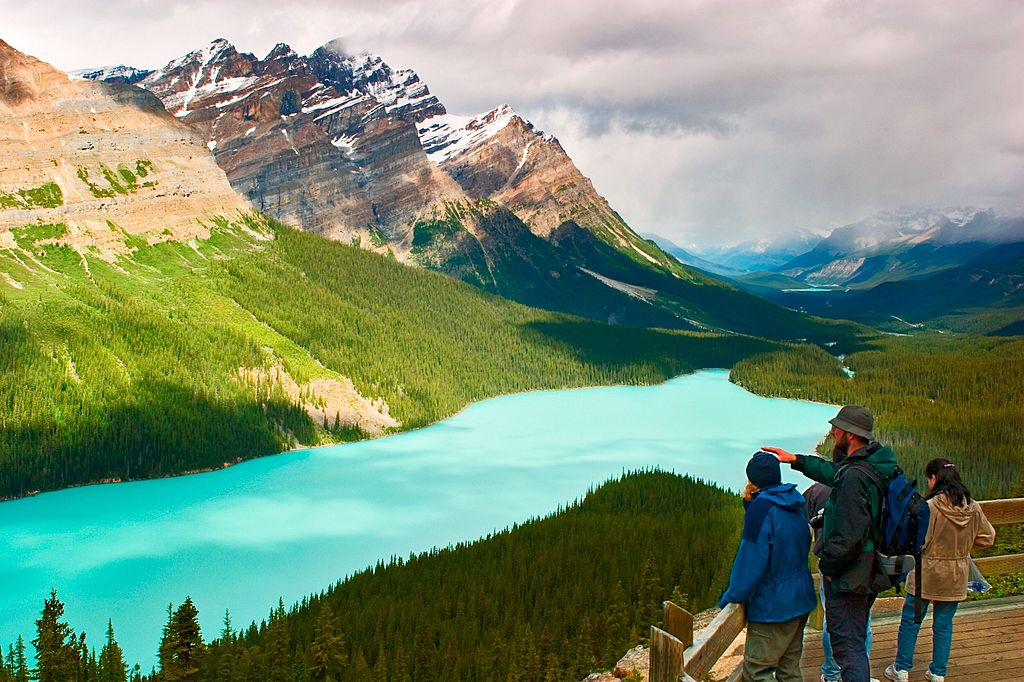 peyto lake mystery in canada