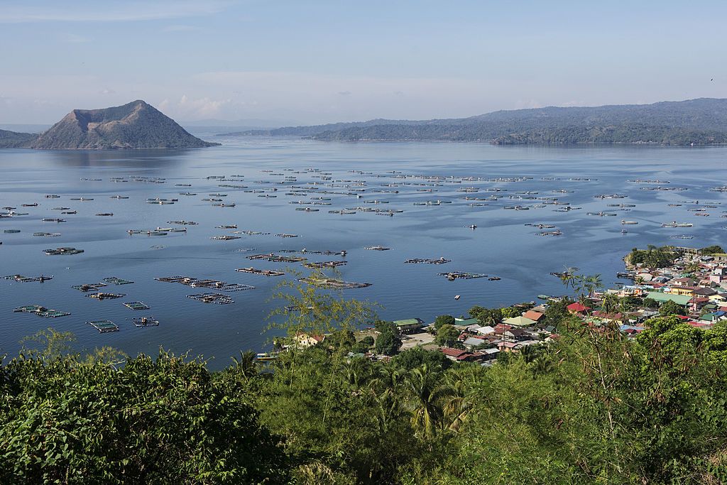 mysterious taal lake philippines
