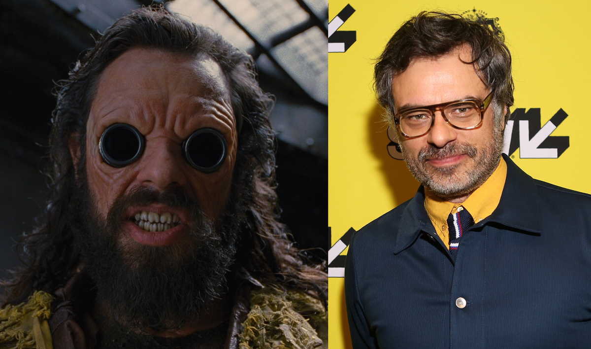 Comedian and actor Jemaine Clement on the left, and his alien role in Men in Black III on the right.