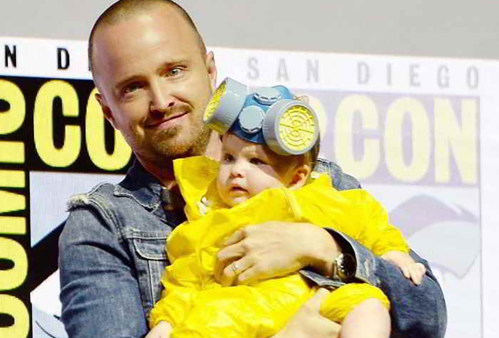 Aaron Paul's daughter dressed from Breaking Bad