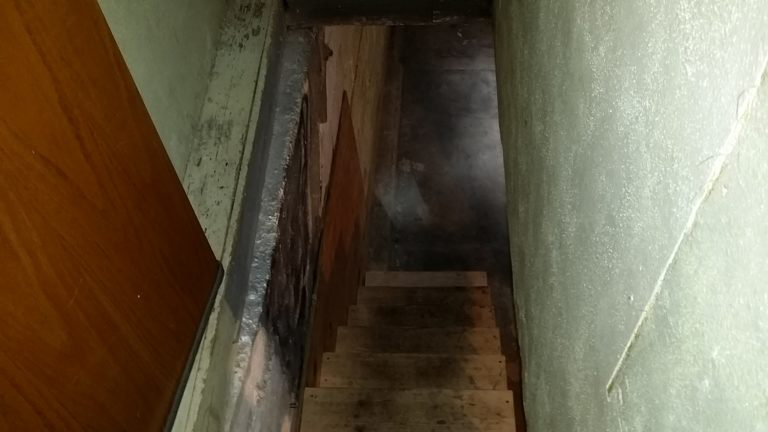 stairway-to-basement