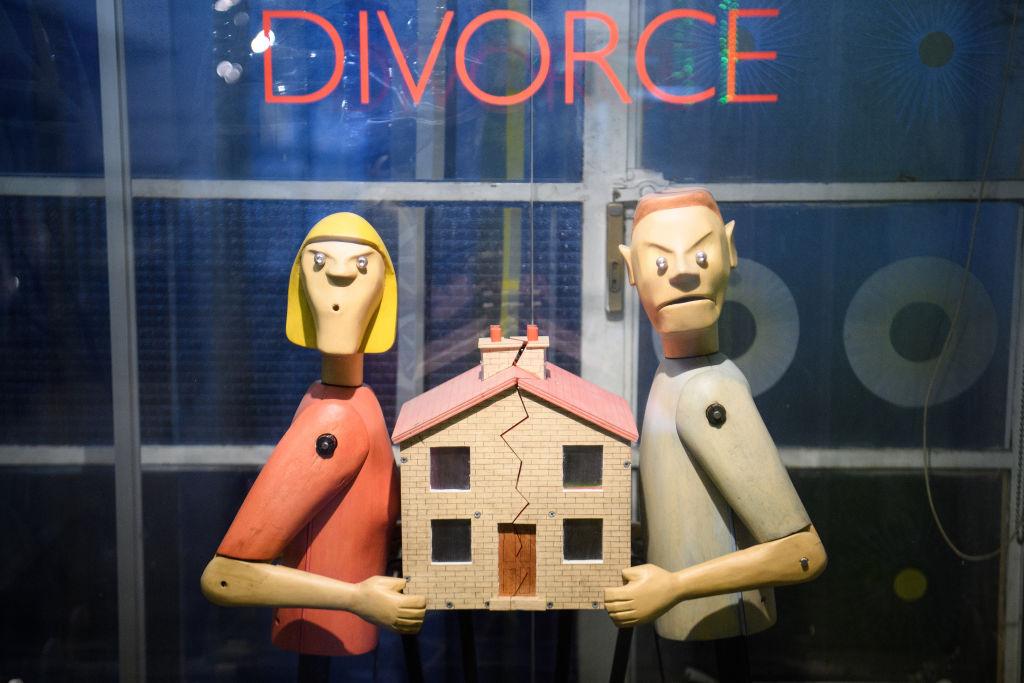 an image of divorce
