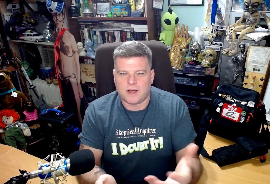 Kenny Biddel talks on his YouTube show.