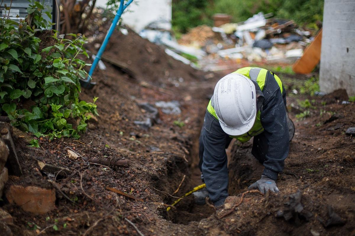 digging-2111404_1280