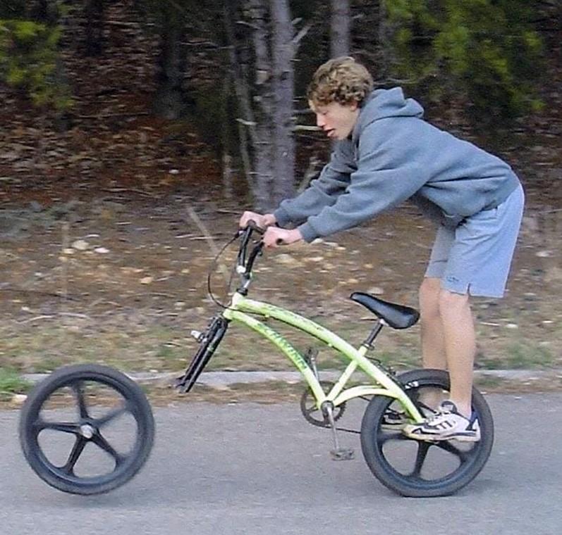 bike-wheel-falling-off