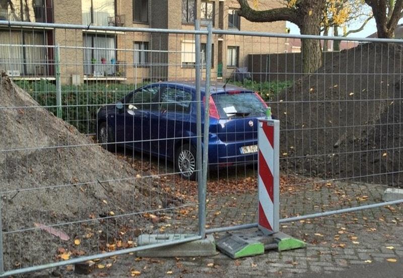 car-stuck-behind-gate