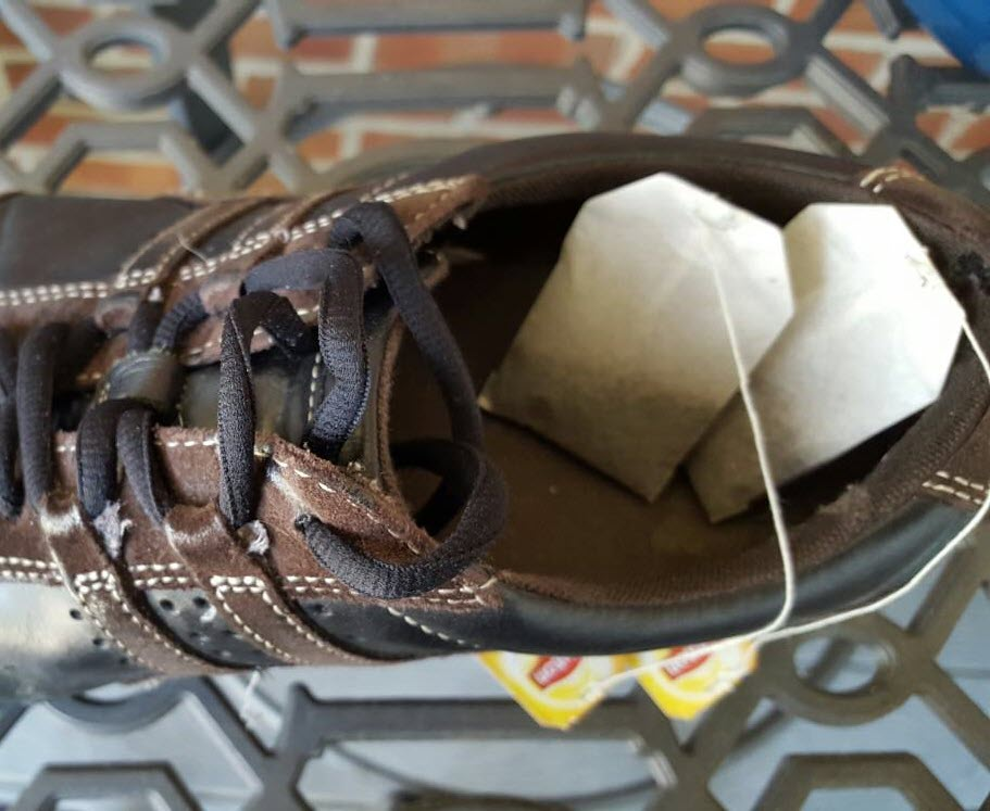 tea-bags-in-shoes