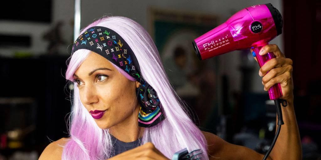 using a FHI Heat Platform hair dryer