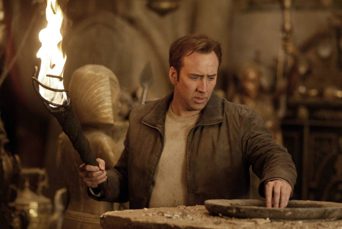 Nicholas Cage performs in National Treasure.