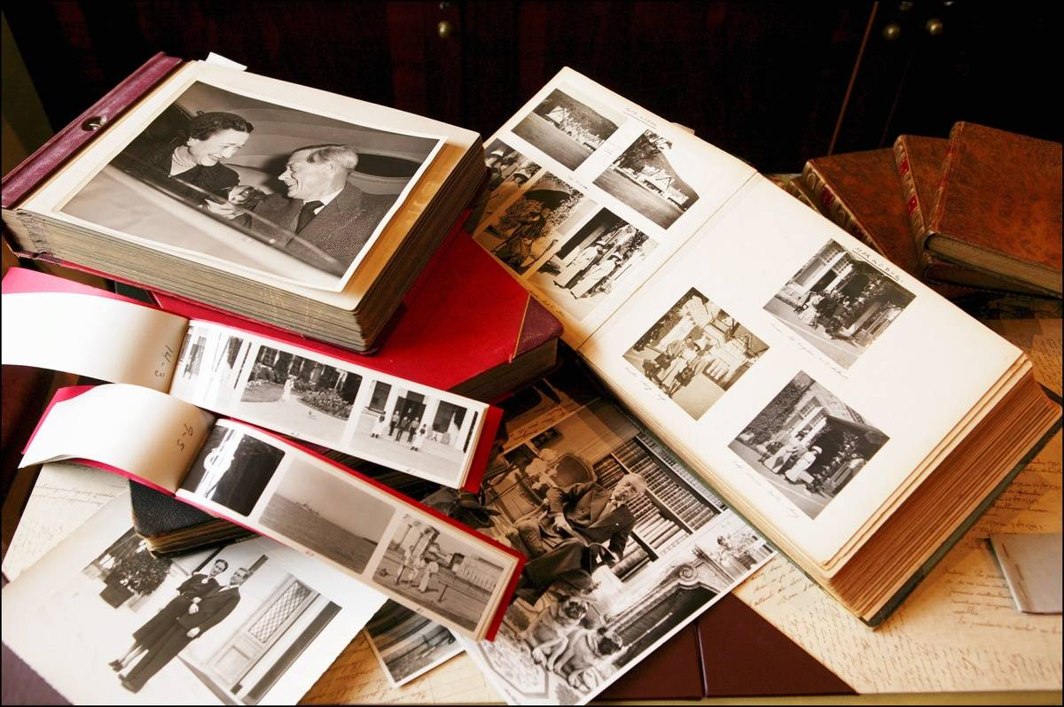 Remove Old Photos From Albums Without Damage