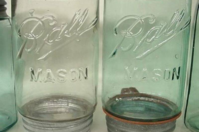 Masons-Ball-Jar-Collection_Rare-Upside-down-jars_-21152