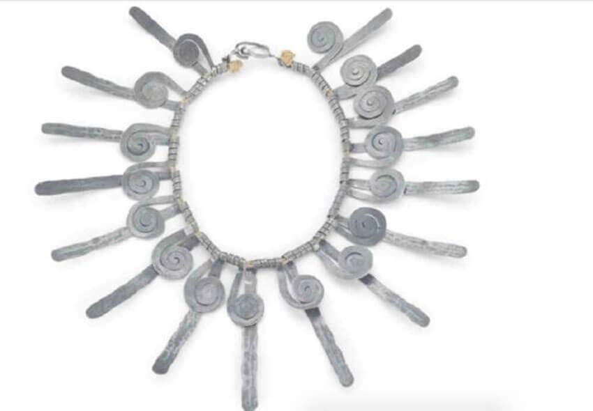silver-necklace-78285-29048