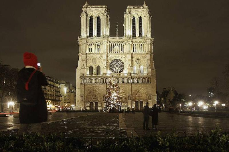 Notre-Dame on Christmas