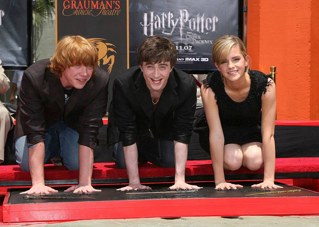 harry potter cast making handprints at Grauman's Chinese Theater