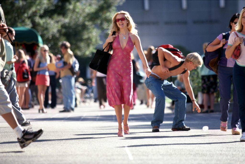 reese witherspoon wearing a pink dress in Legally Blonde