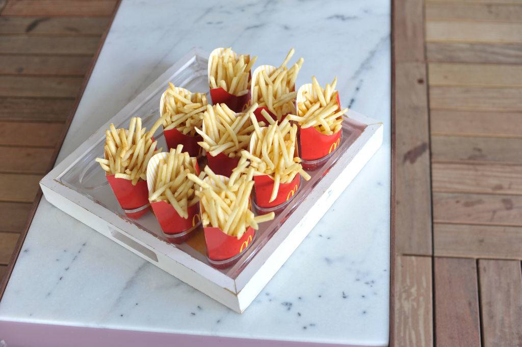 Tray of fries